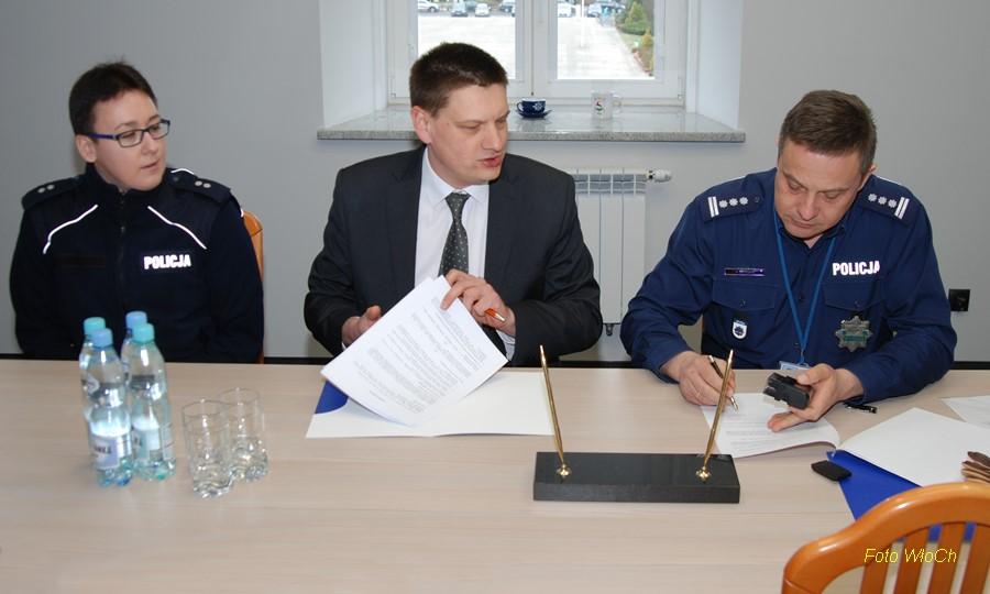 Porozumienie Z Grupa Allegro Sp Z O O I Naspersclassifieds Sp Z O O Porozumienia O Wspolpracy Szkola Policji W Pile